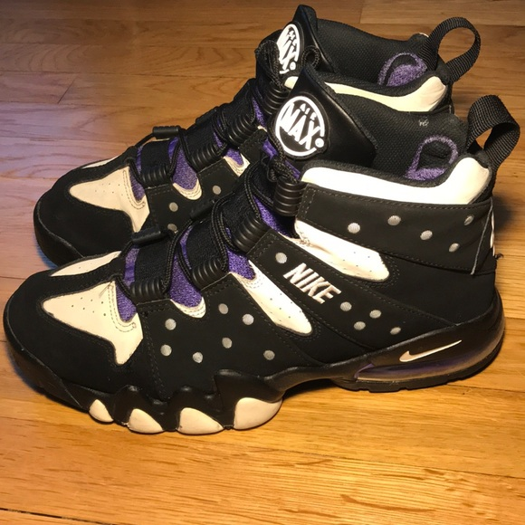 Nike Other - Nike Air Max Barkley's